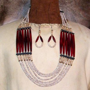 Native American Style Clamshell Necklace with Matching Earrings